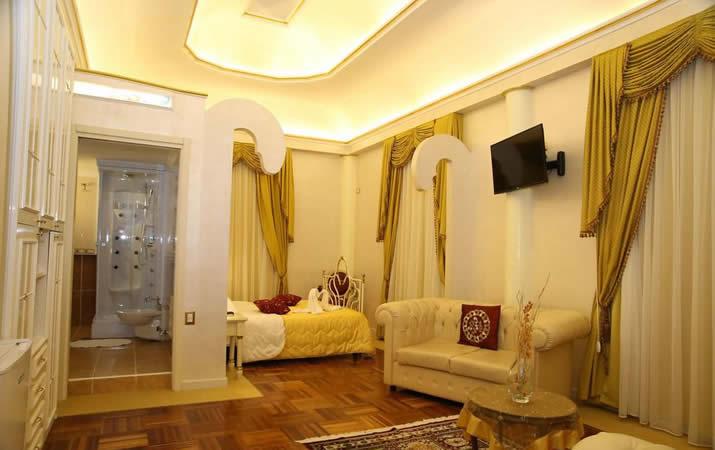 Salottino Suite Matrimoniale